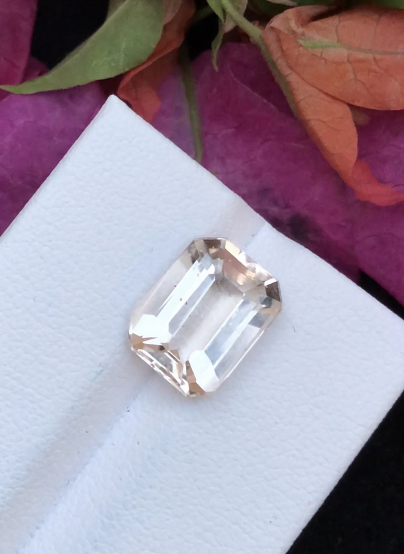 Peach  Color 3.80 ct Natural Morganite Attractive piece Ring Size~RTS