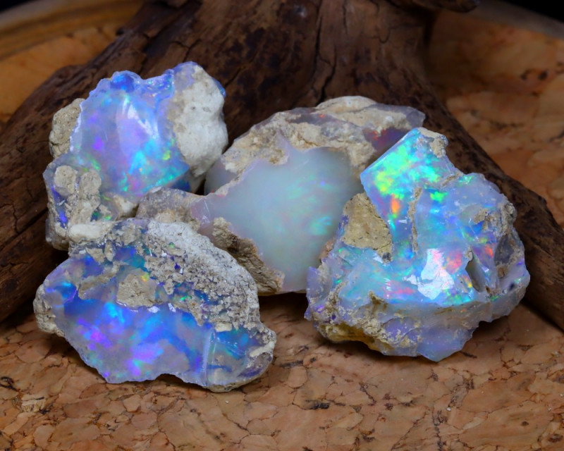 Welo Opal Rough 67.50Ct Natural Ethiopian Flash Color Rough Opal A0931