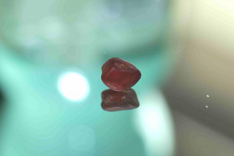 5.40cts Rhodolite Garnet fac grade no heat Madagascar