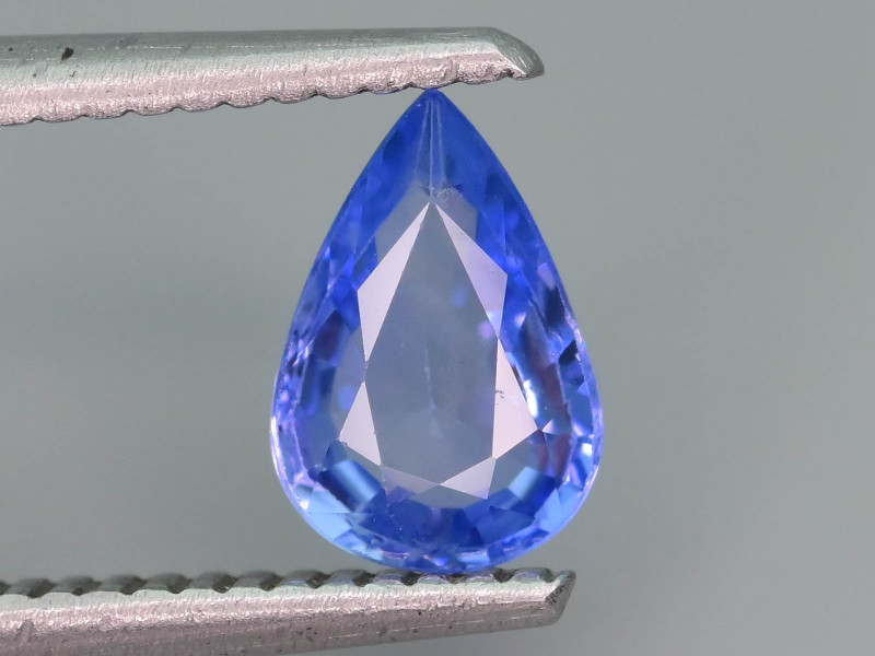 Top Quality 1.20 ct Blue Color Sapphire