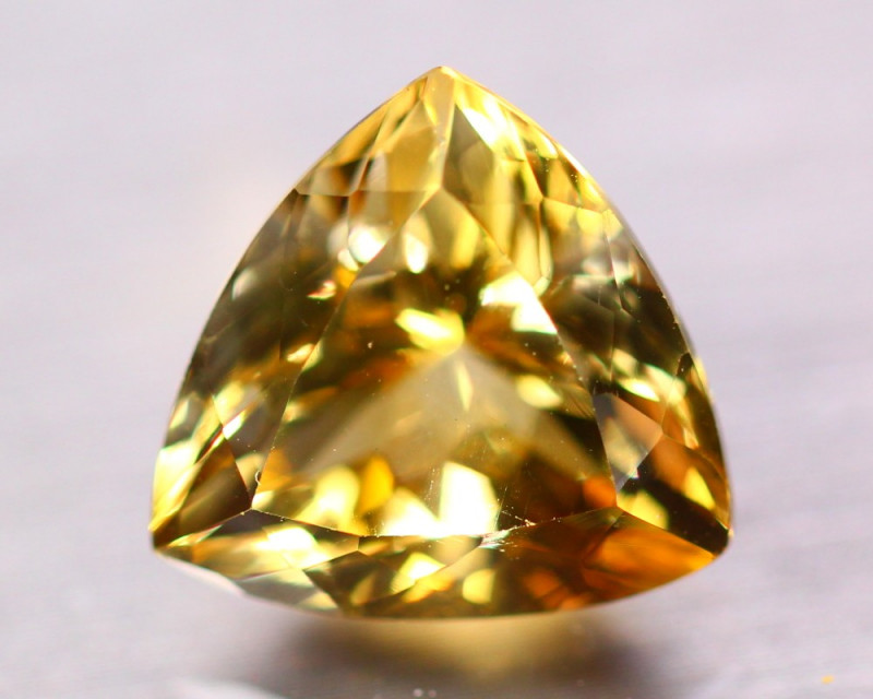9.88ct Natural  Yellow Citrine Trillion Cut Lot B4124