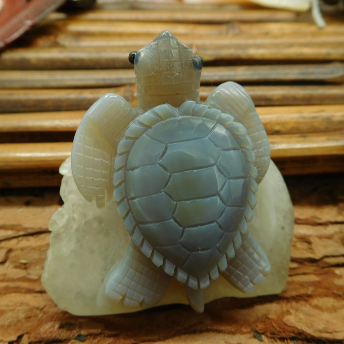 Geode agate carved turtle decoration (D352)