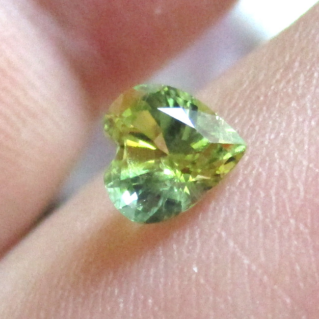 0.61cts Natural Australian Yellow Parti-Colour Sapphire Heart  Shape