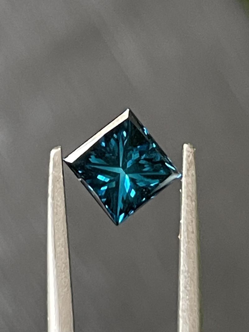 0.85 CT Diamond Gemstones