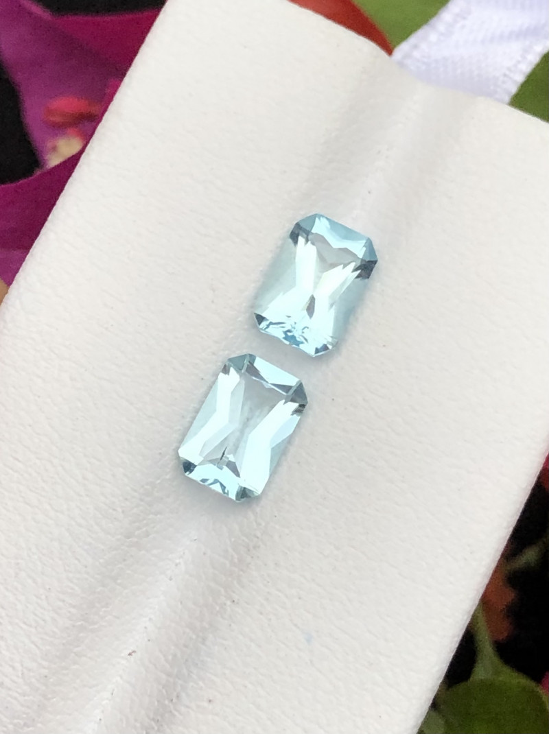 Top Grade 2.40 ct lovely Aquamarine Pair Earing Size~RM