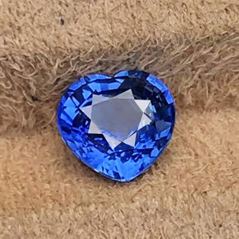 3.06 CT SAPPHIRE CORNFLOWER BLUE UNHEATED 100% NATURAL SRI LANKA