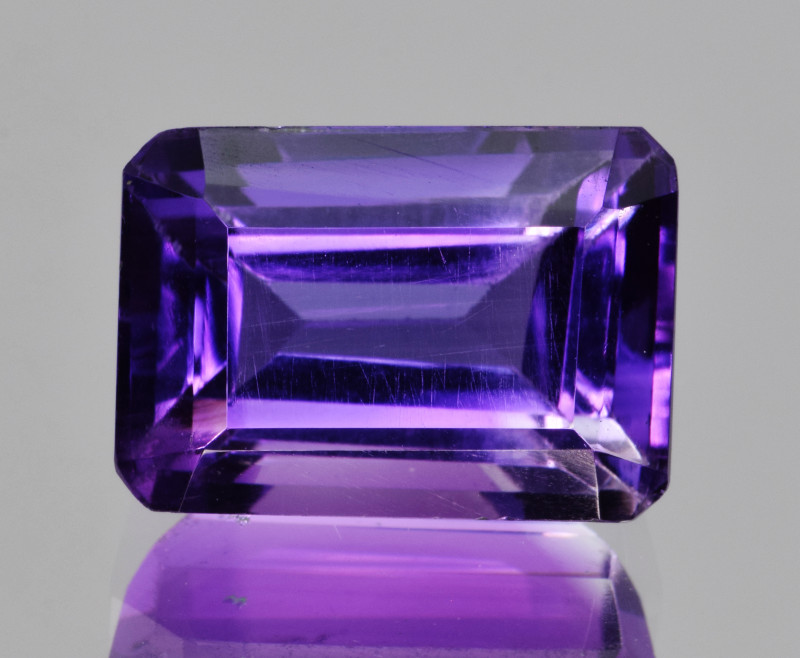 Natural Amethyst 8.99 Cts, Good Quality Gemstone