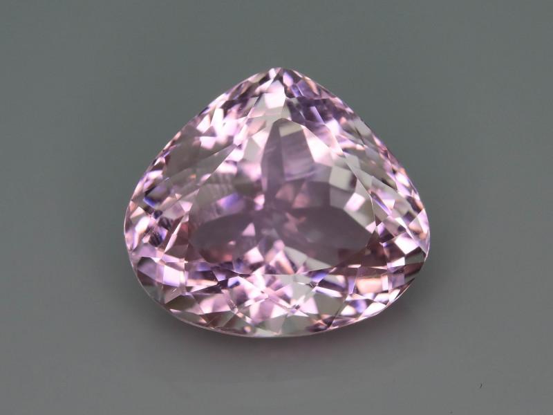 Top Grade & Cut 16.00 ct Light Pink Kunzite