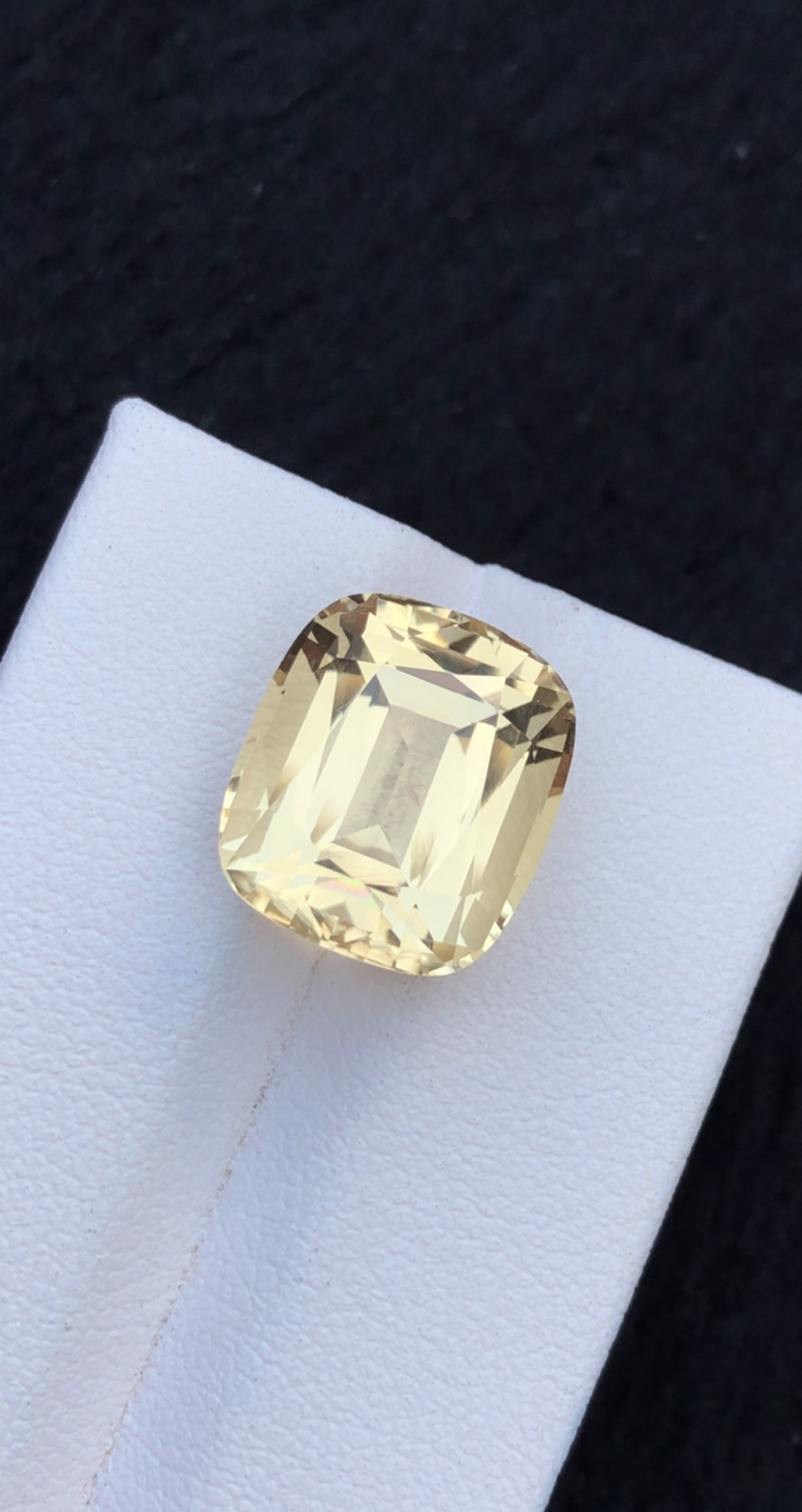 Top Class 10.10Ct Natural Scapolite