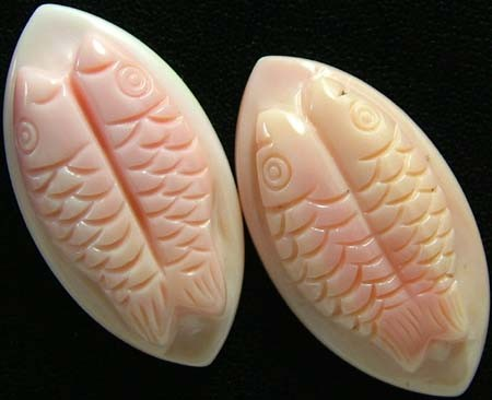 CONCH SHELL FISH PAIR CARVING 31.60 CTS [PF 917]