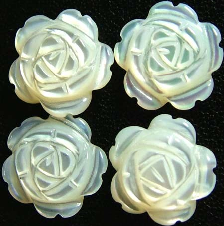 MOTHER OF PEARL FLOWER PARCEL-White 10 MM - 7.35 CTS PF 1009