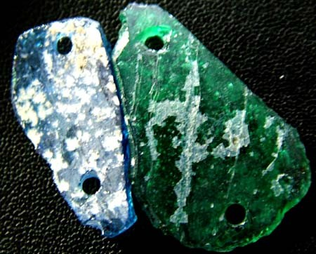 PAIR ANCIENT GLASS- AFGANISTAN-FACE DRILLED 7.35 CTS MX 4768