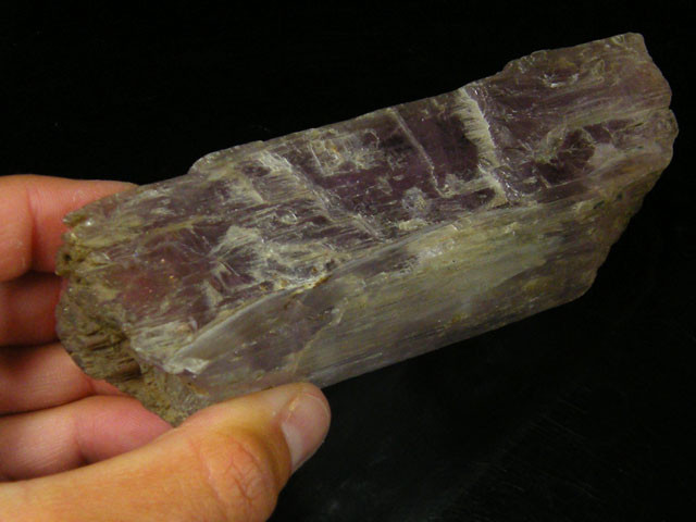 CERTIFIED KUNZITE ROUGH SPECIMEN  250 GRAMS   TO076