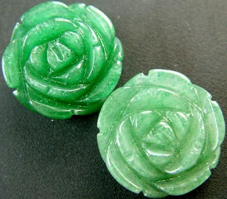 PAIR ADVENTURINE FLOWER CARVINGS-1/2 DRILLED 20.35CTS MX4782