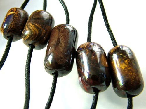 CHOCOLATE IRONSTONE BEAD PARCEL 196.40 CTS [GT 1758]