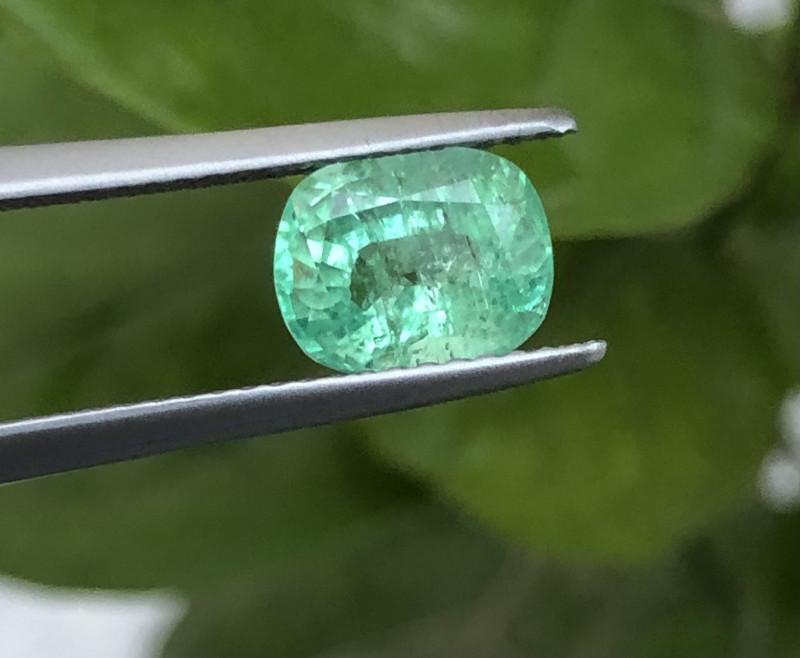 Certified 1.55 Carats Natural Emerald Nice Cut Gemstone
