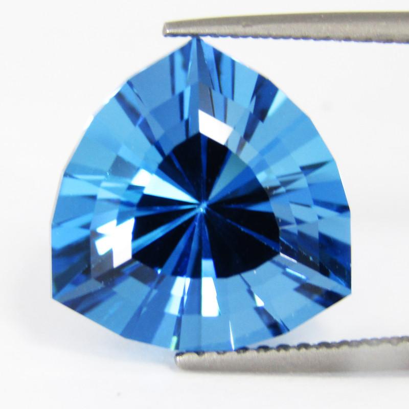 9.20Cts Sparkling Natural Top Swiss Blue Topaz Trillion Custom Cut Loose Ge