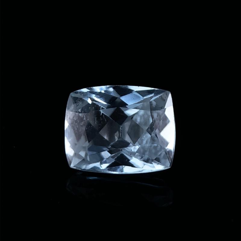 2.00 Cts Natural Blue Aquamarine Gemstone
