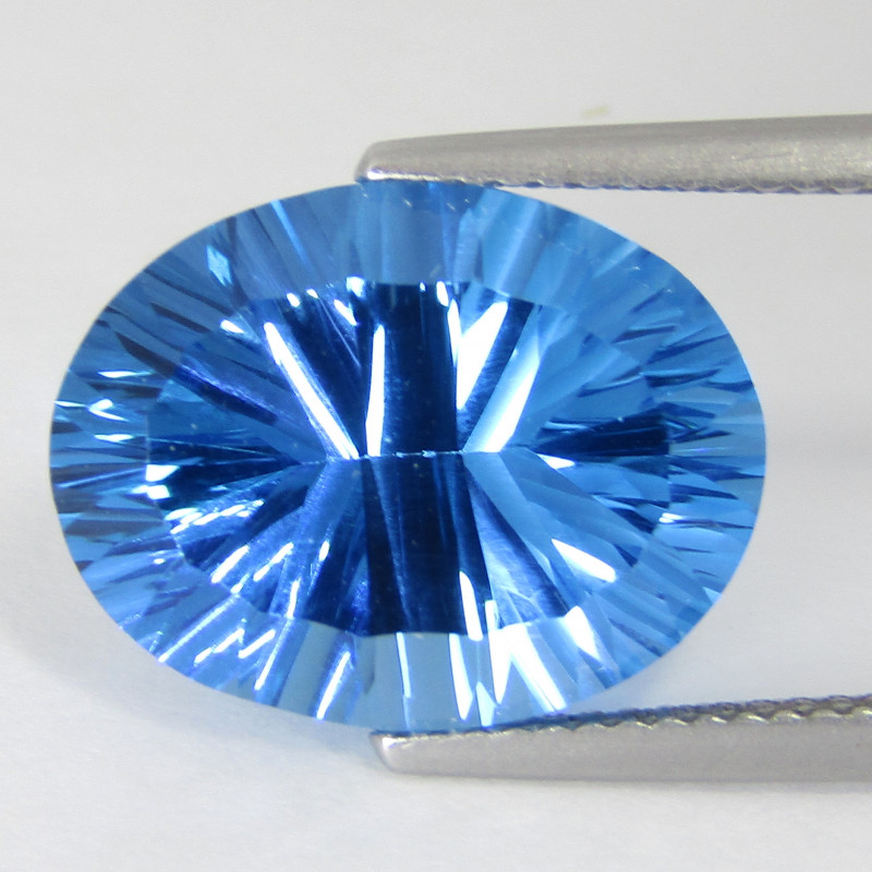 11.28Cts Sparkling Natural  Swiss Blue Topaz Oval Can cave Cut Loose Gem