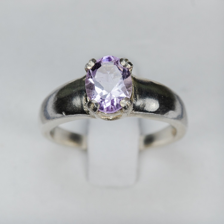 Size 7 Sterling Silver Amethyst Ring