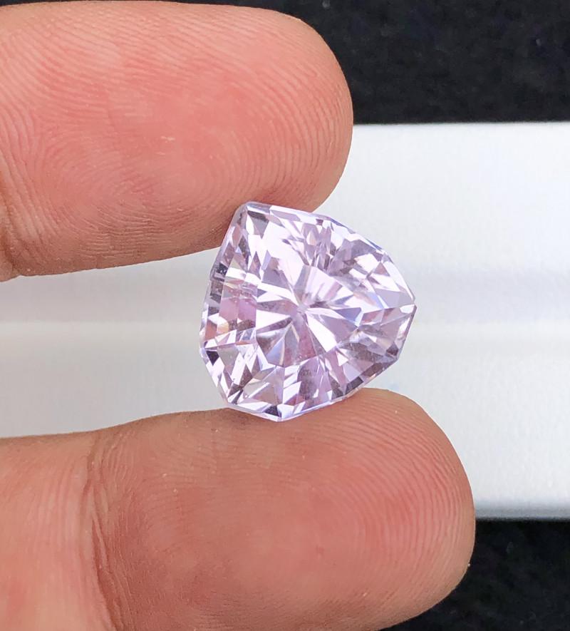 Beautiful Piece 16.55 Carat Natural Kunzite gemstone