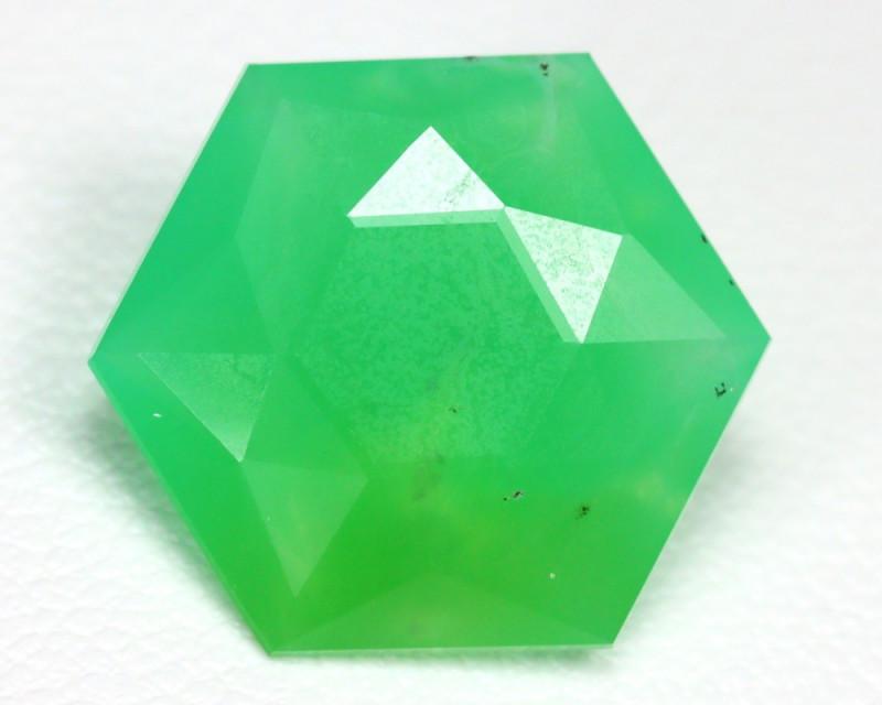 chrysoprase gemstone faceted
