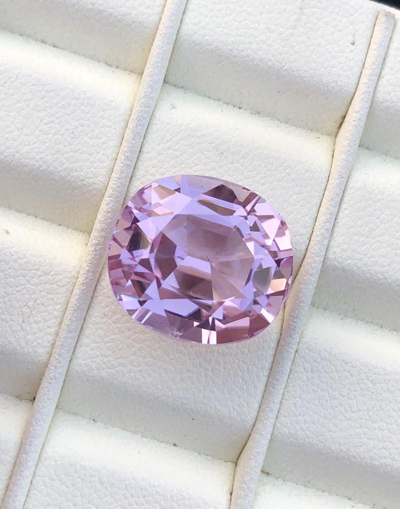 19.30 carats step oval pink kunzite gemstone