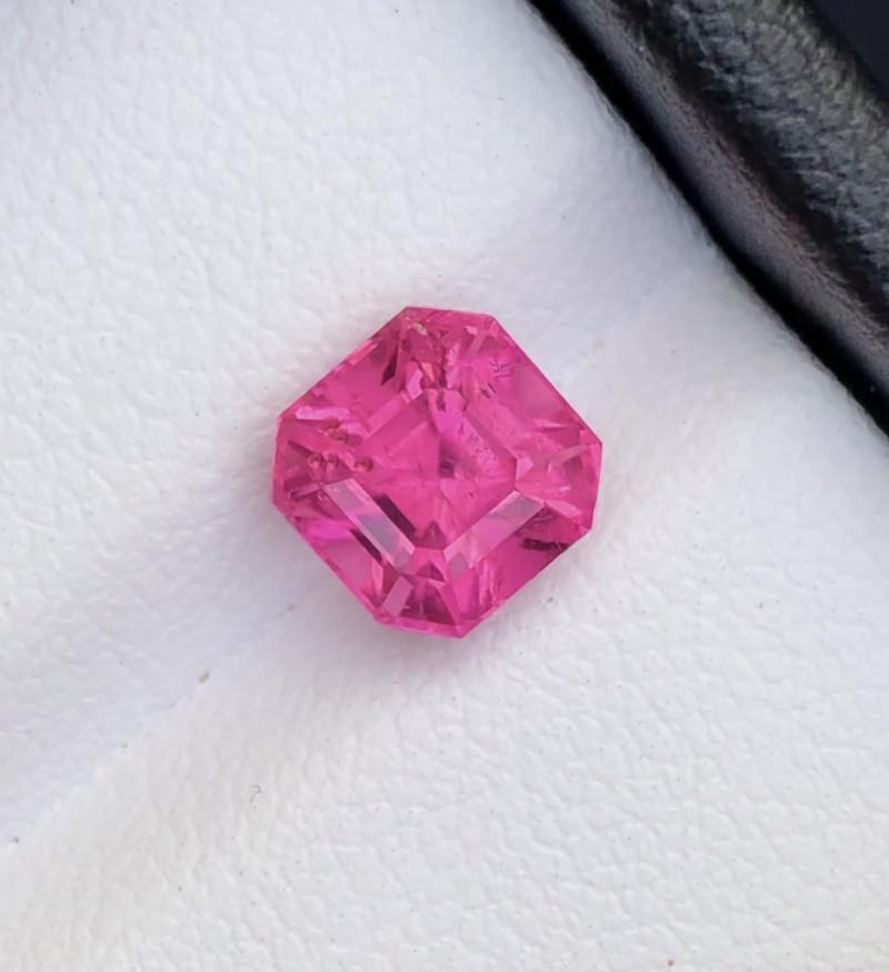 Top Grade 1.30 ct lovely Tourmaline Bublegum  Ring Size~Q