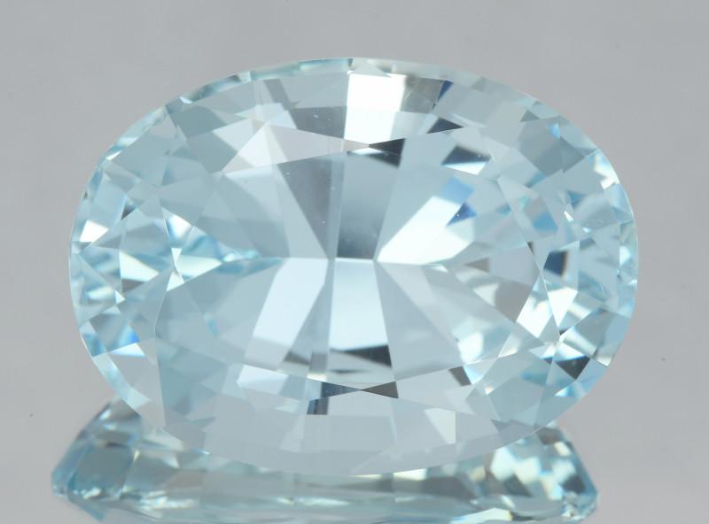 Flawless 61.70Ct Aquamarine Brilliant Cut Gemstone