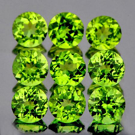5.00 mm Round 9 pcs 4.68cts Green Peridot [VVS]