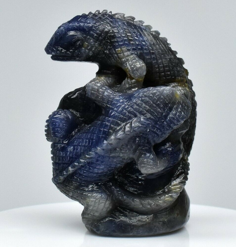 Big Rare 214.35ct Horny Iguana Carving Natural Blue Sapphire Unheated Madag