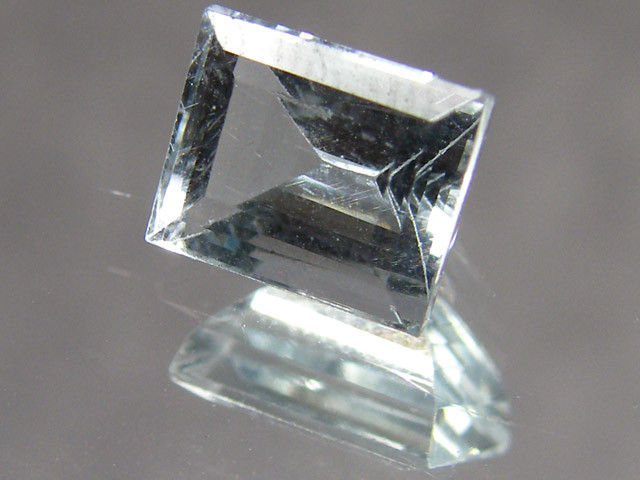 CERT FACETED AQUAMARINE GEMSTONE 1.49 CTS 0390