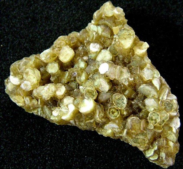 MICA CLUSTER FOR JEWELLERY 33.50 CTS [MX 6109]
