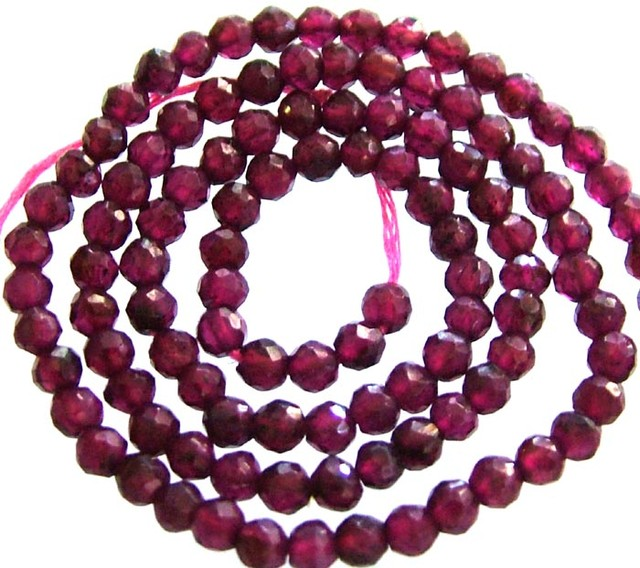 A GRADE FACETED GARNET BEAD RUBY LIKE COLOUR 47.05CTS GT1998