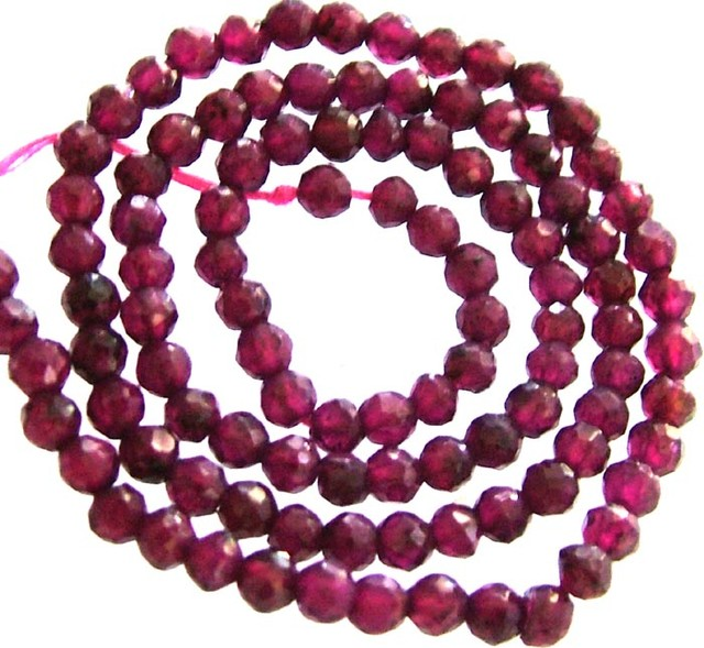 A GRADE FACETED GARNET BEAD RUBY LIKE COLOUR 48.90CTS GT2017