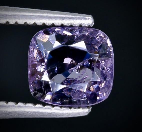 Crt  1.00  spinel   Faceted Gemstone (Rk-31