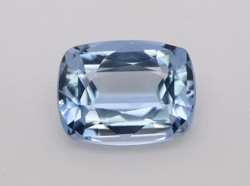 4.50 Carat Natural Santa Maria Color  Aquamarine Gemstone