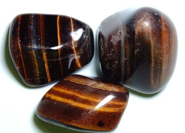 175 CTS RED TIGER EYE 3 STONES  NP-1253