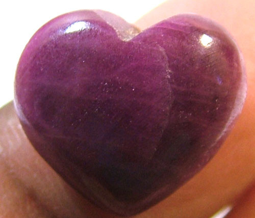 RED RUBY HEART CARVING 13.90 CTS PG-536