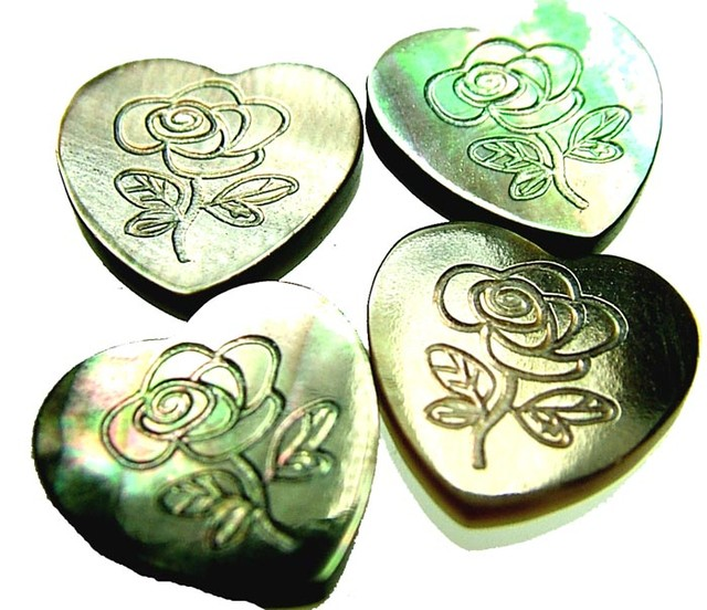 PARCEL  MOTHER OF PEARL CARVED HEARTS - 10.10 CTS [PF 1262]