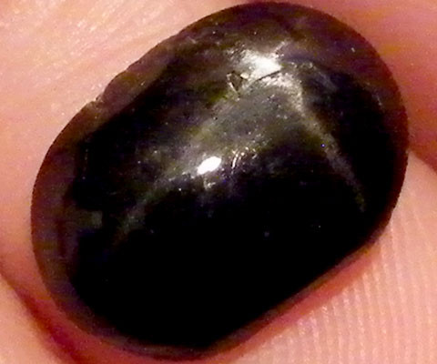 SIX STAR  BLACK DIOPSIDE STONE 3.50  CTS  ST783