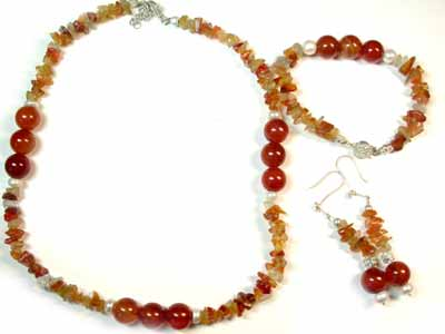 RED AGATE, CARNELIAN AND RED AVENTURINE WITH SOUTH SEA PEARLSGEMSTONE BEADS