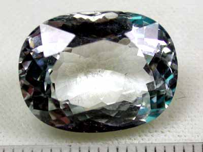14.5 cts NATURAL QUARTZ OVAL SHAPED, UNTREATED FROM LAOS G419