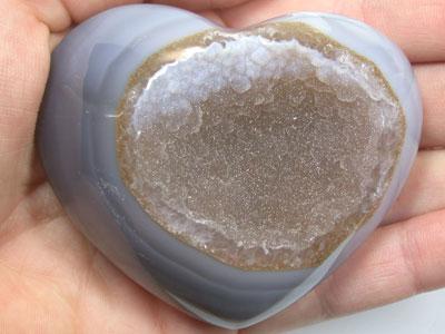 CRYSTAL QUARTZ HEART  A113