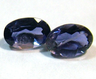 IOLITE FACETED STONE (PAIR) 0.80 CTS  PG - 657