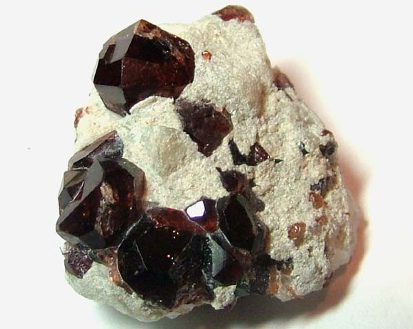 AAA UNIQUE GEM GRADE GARNET ON QUARTZ 81 CTS LG-536
