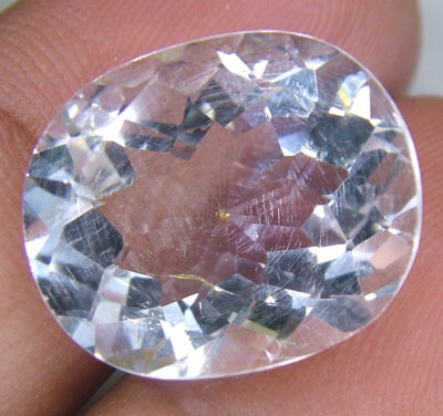 FACETED CLEAR CRYSTAL QUARTZ 9.30 CTS PG-567
