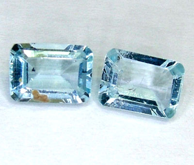 BLUE TOPAZ NATURAL FACETED (2 PC) 2.25 CTS  PG-1008