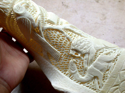 HAND CARVED ELEGANT SCULPTURE ,CAMEL BONE CARVING    TR155