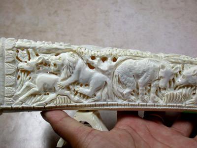 Hand Carved Elegant Sculpture Camel Bone Carving